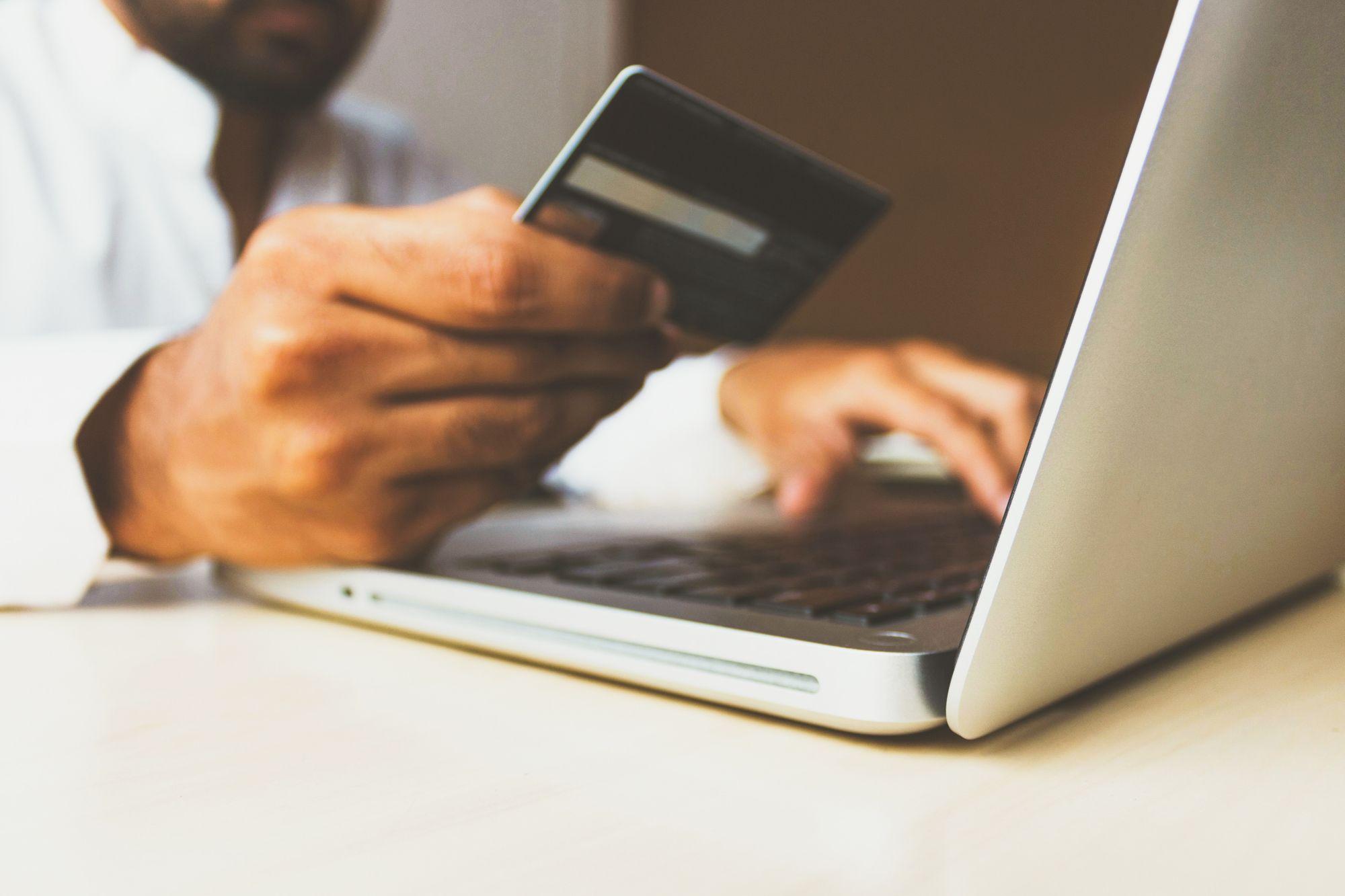 Monitor – Emissoras de cartão de crédito
